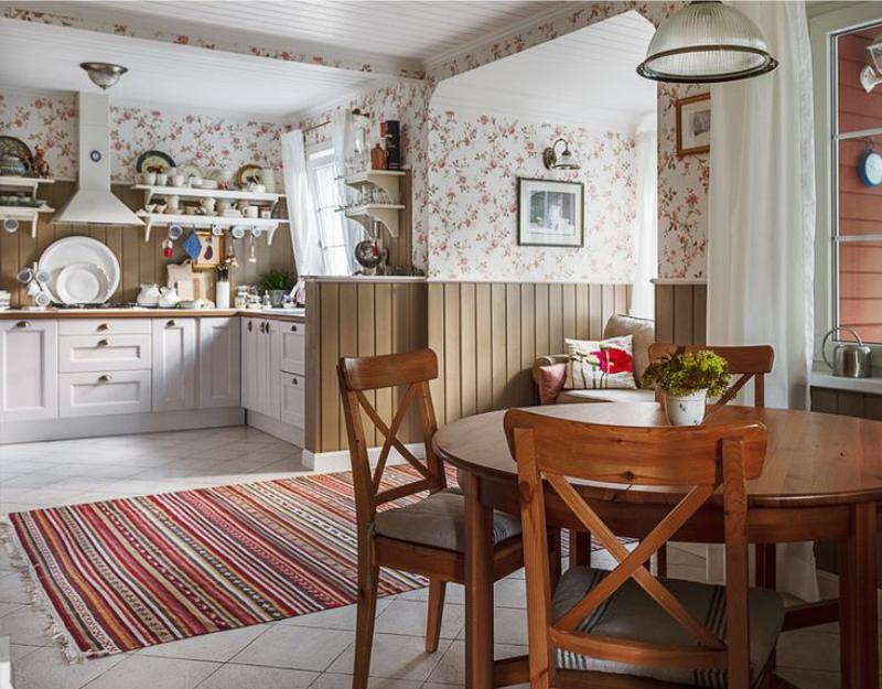 פריסה בצורת U במטבח בבית פרטי