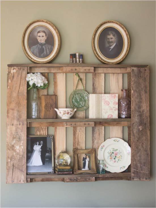 Shelf-shelf dari palet