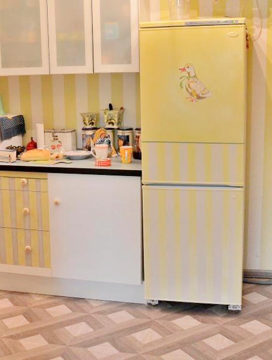 A hűtőszekrény díszítésének ötlete