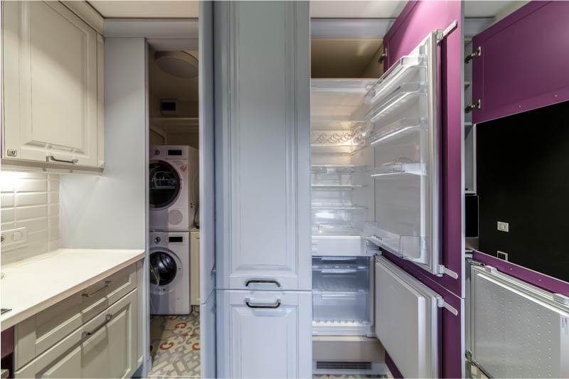Avaa sisäänrakennettu jääkaappi