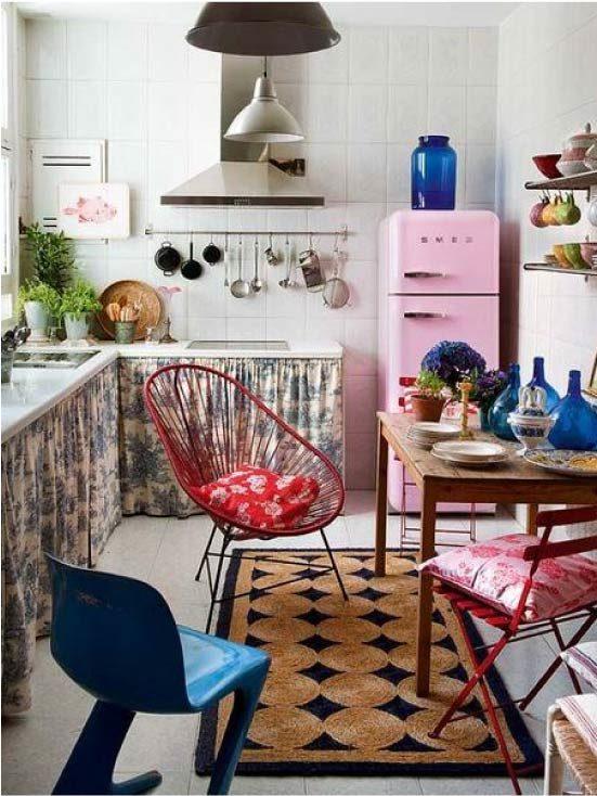 Dapur dalam warna-warna cerah