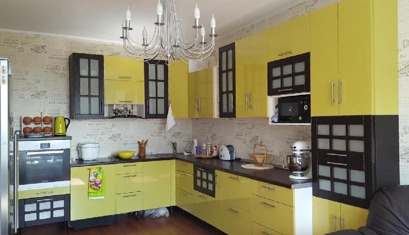 ห้องครัวพร้อมอาคารวาซาบิและทัสคานี
