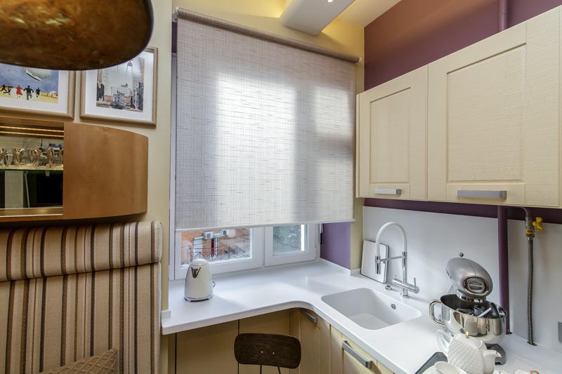 Comptoir, évier et rebord de fenêtre en pierre acrylique Corian