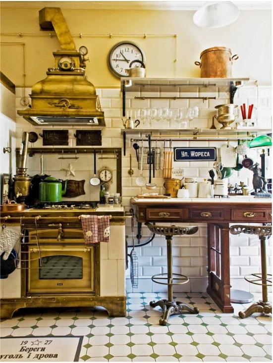 Virtuves dizains krievu stilā