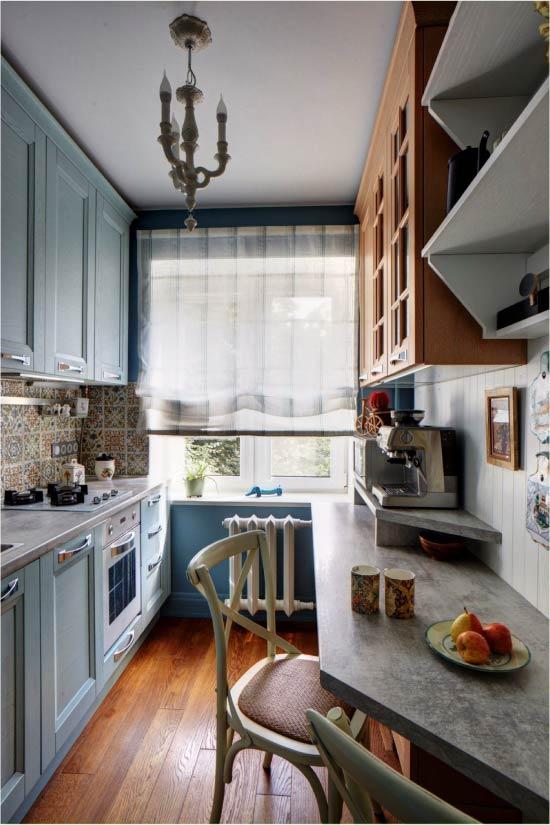 Син и син цвят във вътрешността на кухнята