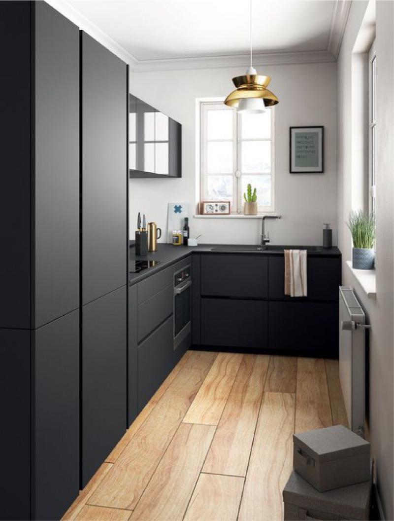 Bếp màu đen không có tay cầm