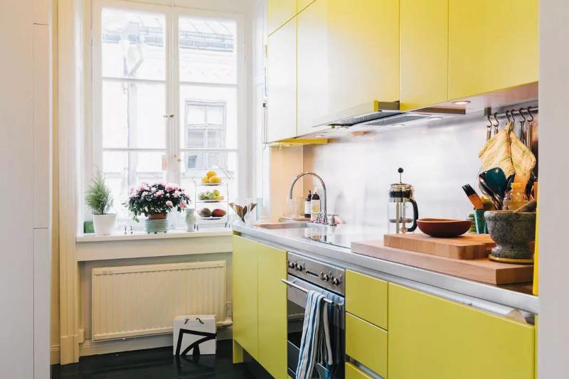 Κουζίνα χωρίς πετσέτες με προφίλ gola