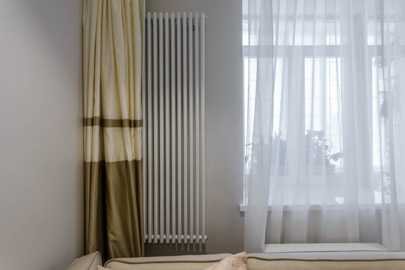 Lukket gardiner batteri