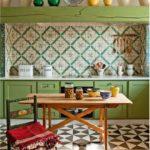 Küche in hellen Farben