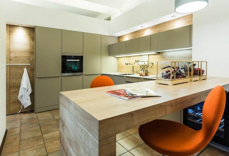 Moderná olivová kuchyňa